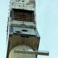 Andamio colgante en torre solar