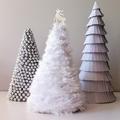 Árboles blancos de diferentes materiales