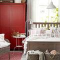 armario rojo para habitación estilo campestre