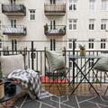 Balcon con complementos hierro forjado
