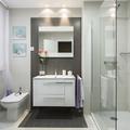 Baño con ducha y pared en gris