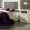 Cabecero de cama y mesita de noche