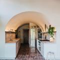 Cocina de pueblo con bóveda de cañón