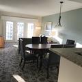 combinación de. Paredes gris y crema con techos  blancos en Orlando fl