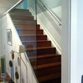 Construcción y diseño escalera en vivienda pareada