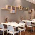 Detalle mesas y sillas