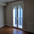Detalle puerta balcón arco medio punto