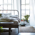 dormitorio con colchón de muelles embolsados
