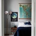 dormitorio con textiles azules