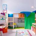 Dormitorio de niños con cajas de ikea