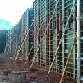 Ejecución de muros en depósito de aguas de recirculación.