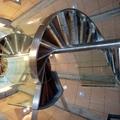Escalera de caracol de acero inoxidable. 9 metros de altura