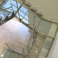 Escalera vidrio 1