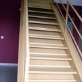Esmalte en escalera y anexos en nave industrial