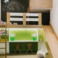 habitación infantil con altillo tobogán