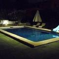 Iluminación en piscina