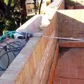 Jardineras descalzadas de la fachada