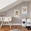 habitación infantil con bolsa de juguete