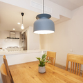 Lámpara colgante de techo en el comedor