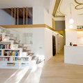 Librería a medida bajo de la escalera