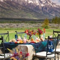 mesa con vistas montaña
