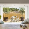 Mesa de cocina y terraza