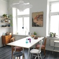 Mesa de comedor con sillas vintage