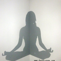 Mural de chica yoga