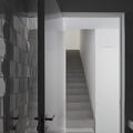 Escalera desde el baño 1
