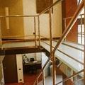 Pasillo vidrio zona escalera