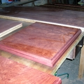 proceso de barnizado de madera de bubinga