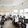 Proyecto Restaurante con Ventanas Pvc.