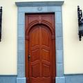 Puerta blindada de entrada principal