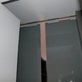 Puerta corredera de vidrio tintado