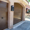 Puerta seccional Imitacion madera superlisa