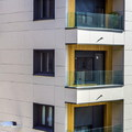 Refuerzo estructural y aislamiento térmico de la envolvente mediante los sistemas de Fachada Ventilada y SATE