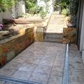 Rehabilitación de acceso y terraza de jardín 8