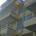 Rehabilitación de fachadas en Segur de Calafell, C/Pinar, 10