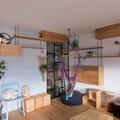 salón con mobiliario de diseño