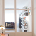 Salon con puertas de cristal