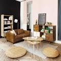 salón en rosa y negro