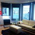 salón, estores screen, mobiliario de autor, alfombra tejida a mano