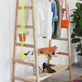 armario hecho con escaleras