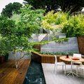 suelos de madera de un jardín oriental