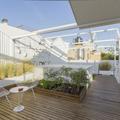 terraza con huerto urbano