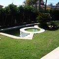 Vista de la piscina desde el porche