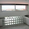 Vistas de Madrid desde la habitación de arriba y barandilla de pavés