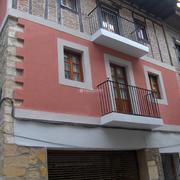 Rehabilitación de fachada, en Balmaseda (Vizcaya)