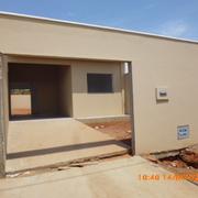 Distribuidores Isolana - 2 Casas Pareadas.