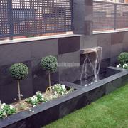 Decoración de jardín en vivienda adosada